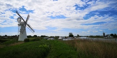 The drainage windmill at Thurne Mill still stands and the scoopwheel house is very evident.